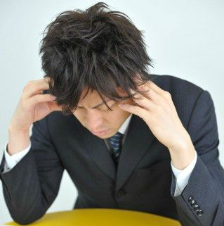 新卒入社した会社で「暴力」を受けたら… 社歴「数か月」で退職して大丈夫?