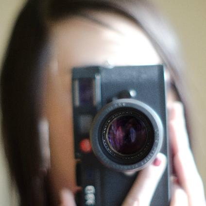 居酒屋店員が壊したお客のカメラ 弁償するのは同じ型? それとも最新型?