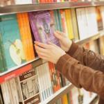 あなたは「書店」派?「ネット」派?
