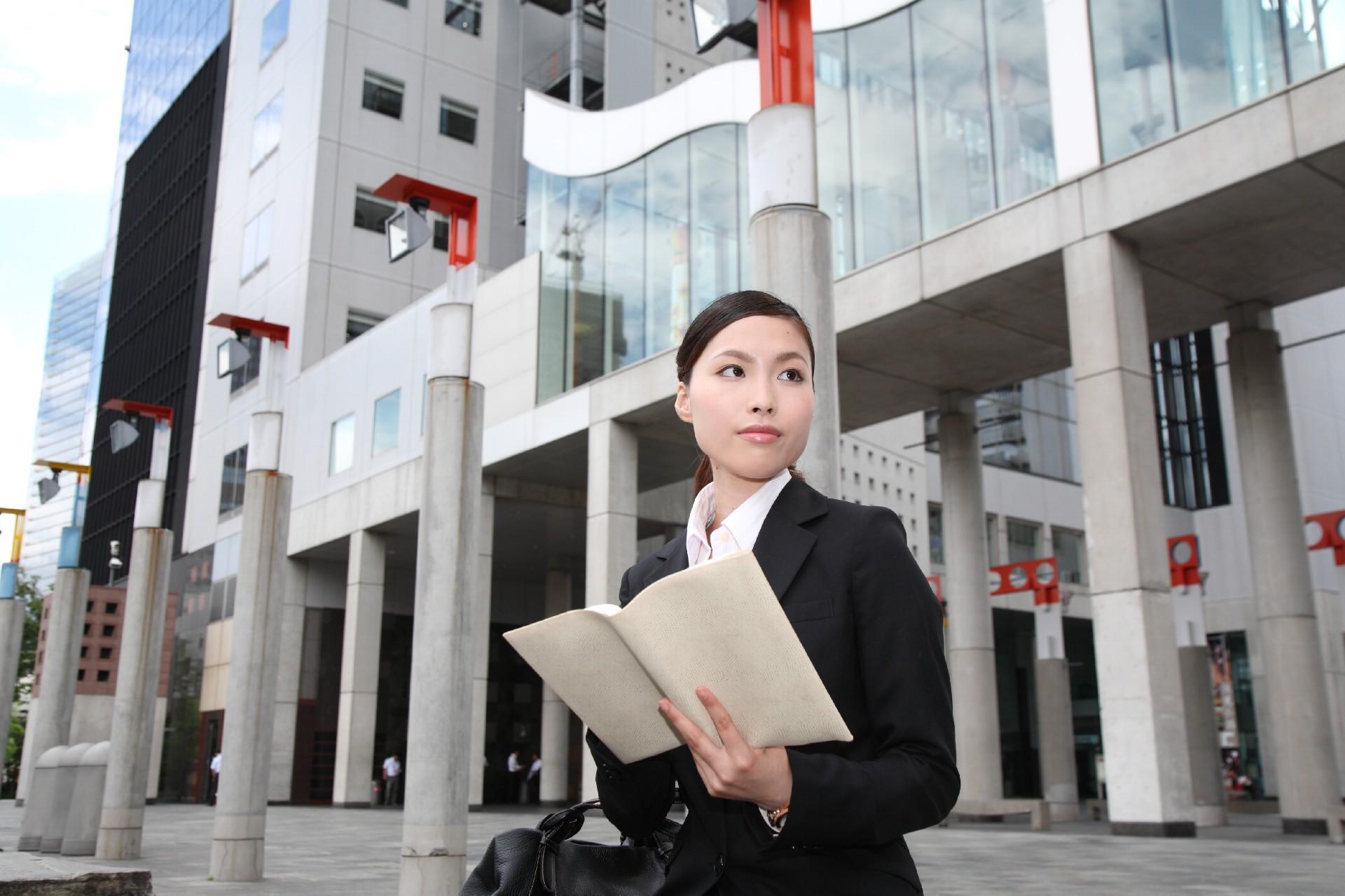 2016年卒の就活戦線は「中小企業志望者」が増加傾向 就活の「後ろ倒し」も影響か