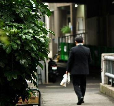 40過ぎても働かない「中高年ニート」なぜ増える? 豊かな時代の「合理的選択」なのか