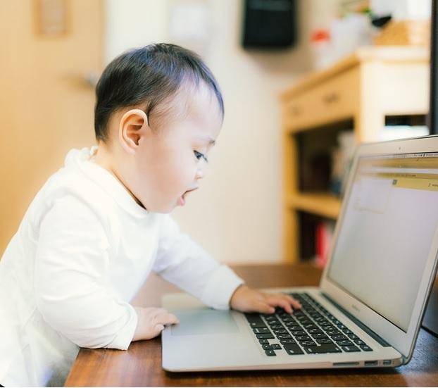 「高学歴は親が用意した道ではない」と豪語する福田萌 1歳の娘に「英才教育」始める