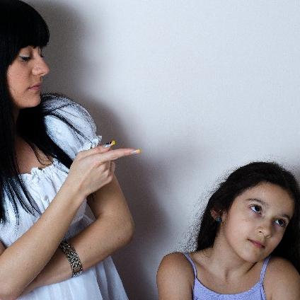 「子どもにとって最悪な親とは」米医師の寄稿が話題 「自己陶酔型の親」の悪影響を指摘
