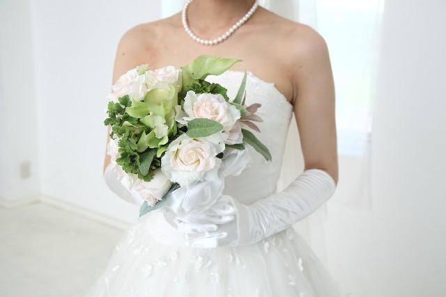 20代女性の約7割が「結婚願望あり」も・・・ 男性の半数が「願望なし」と冷ややか