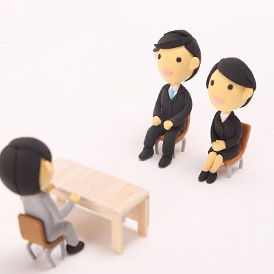 面接で「いきなり労働条件を質問」がNGな理由 IT業界人が「恋愛」に喩えて説明