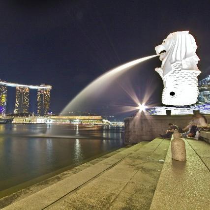 建国50周年を迎えたシンガポールの「光と影」 国民所得はアジア1位、幸福度調査は最下位