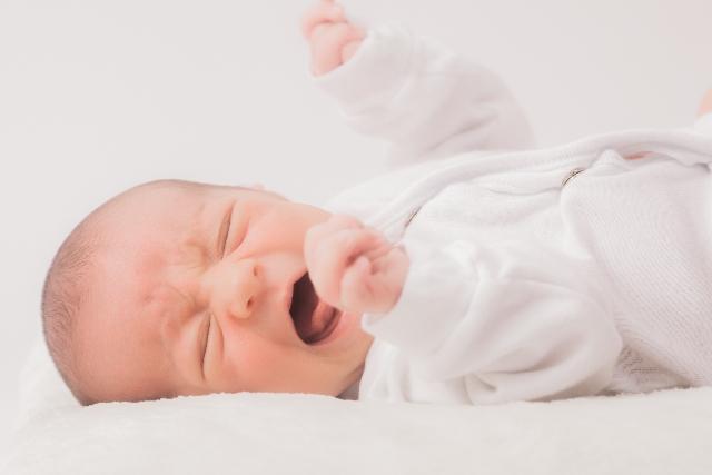 若者世代の出産・育児には「安定した雇用と収入」が大前提 厚労省の調査結果で判明