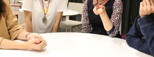 日本企業で働く4人にざっくばらんに語ってもらった