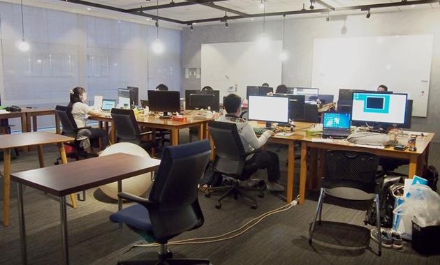 場所もリソースもシェアするオープンオフィススペース