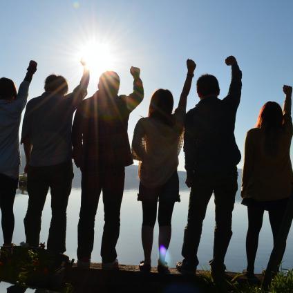 少子化時代に「若手採用」にこだわりすぎるリスク 「非若手」を活かす組織力も重要に