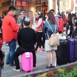 百貨店などで訪日した中国人向けのキャンペーンの実施も。