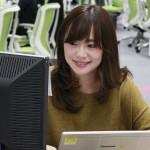 リアルワールドで働く堂下亜希さん(27)