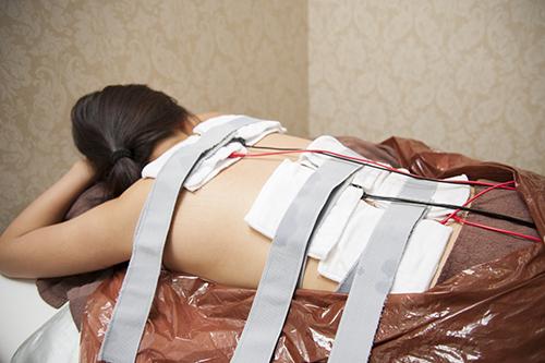 EMSで筋肉を動かしていきます