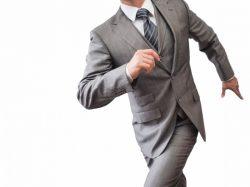 意識の高いビジネスマンなら30万円のスーツを着て当たり前