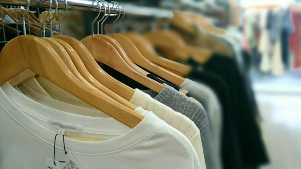 服を買う罪悪感、ありますか?