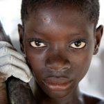子どもの10人に1人が児童労働をさせられている