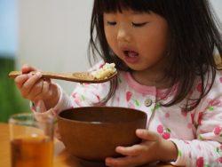 子どもの生活習慣は、保護者の生活サイクルに左右されがちです。