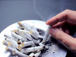 タバコ、かっこいい?
