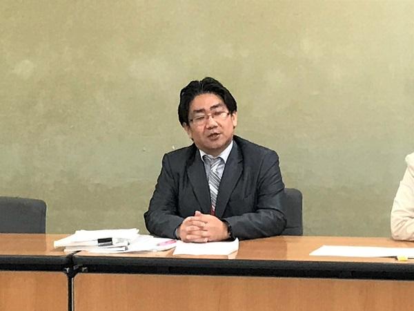 原告の檜垣慶太さん(43)