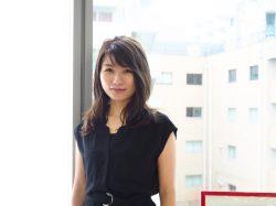 営業職として社会人スタートを切り、現在はチームマネージャーとして業務に励む丹沢宏美