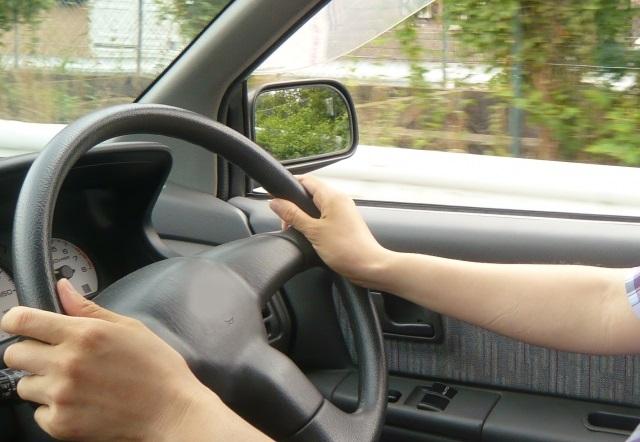 社用車ドライバーの3割「酒が残っていると思いながら運転した」