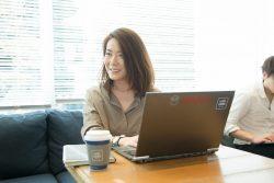 ▲人事部門 採用・HRマーケティンググループ マネージャーの市山千奈美。立ち上げ当初から、グローバルインターンシップに携わってきた。