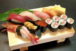 「美味い寿司を握ることと同じくらい重要なのがエンターテイメント性」