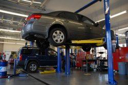 自動車整備士の7割「給与が低い」