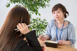 会社員の7割「お金関係で他人に嫉妬」