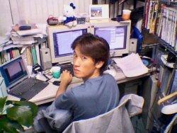 ▲入社直後の石田。子どものころからコンピューターでソフトウェアをつくることが好きだった