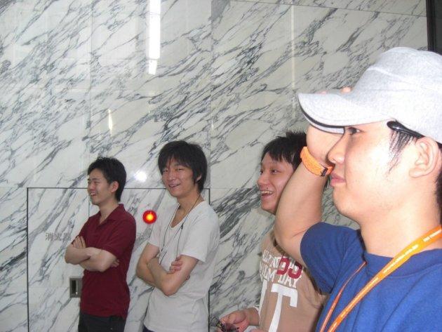 ▲2010年入社当時 同期との1枚(写真左から2番目)