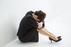 悪質クレームにより過去10年で24人が自殺に追い込まれていたことが分かった