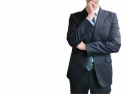 勤務先の将来性に不安を抱える人たちの口コミを紹介する