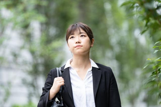 新卒入社する企業を選ぶのに、親の承諾は必要?