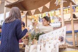 廃棄されるクリスマス花の買取りキャンペーン