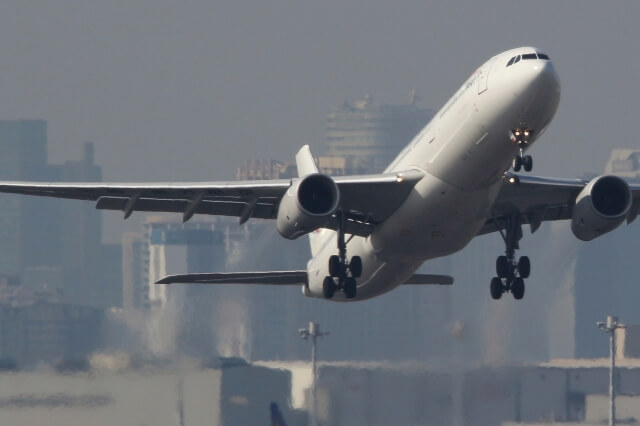 新型コロナウイルスは航空業界にも出始めている