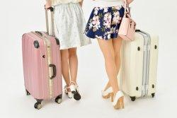 日本人の45%が「旅行を控えるようになった」と回答した