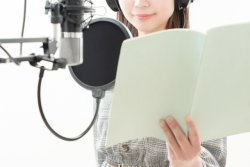 近年、声優の活躍の場が広がっているが……