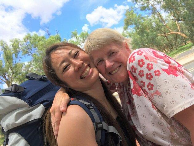 ▲オーストラリアで出会ったイギリス人のヒラリーと。国籍も年齢も超えた絆