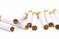 勤務時間中の禁煙実施を発表
