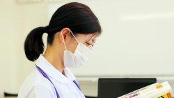 看護師の4割以上が「患者に十分な看護が提供できていない」