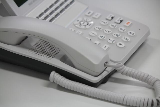 電話は新入社員が受けるべき?