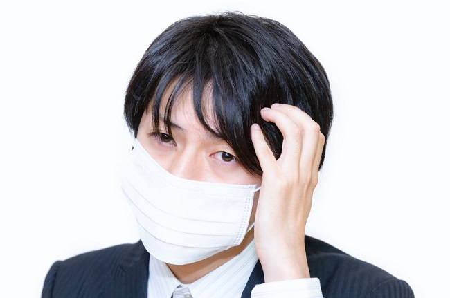 マスク詐欺……