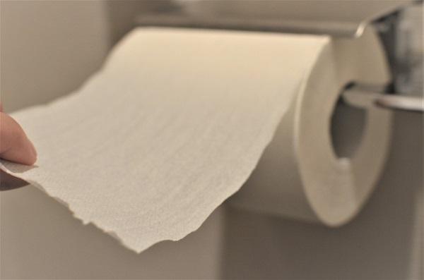 トイレットペーパーの画像